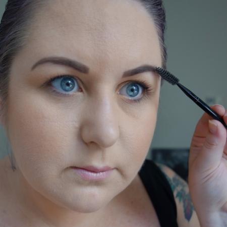 marisa-robinson-makeup-artist-brow-spooley.jpg
