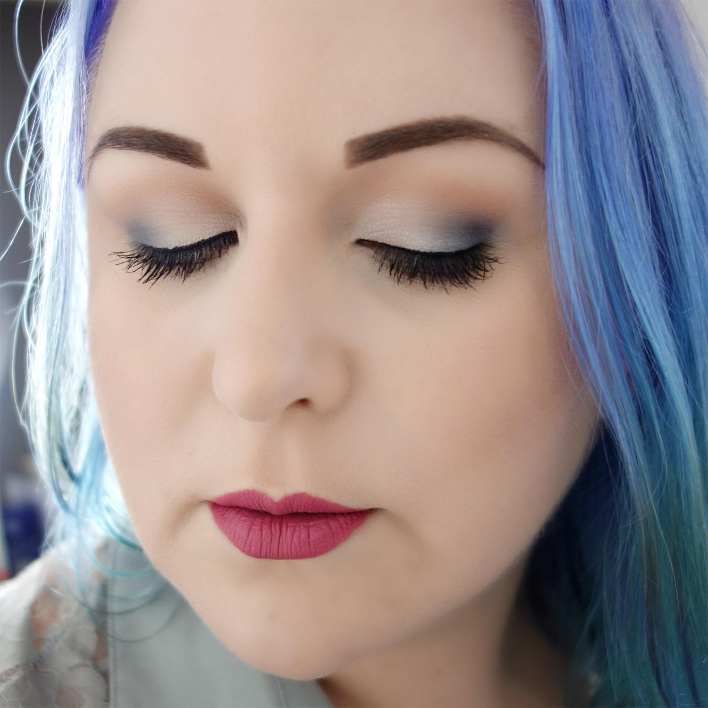 Marisa Robinson Makeup Artist Girl Grey