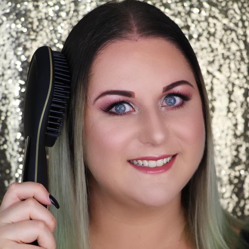 Marisa Robinson Beauty Blogger LVL Hair Straightening Brush Review