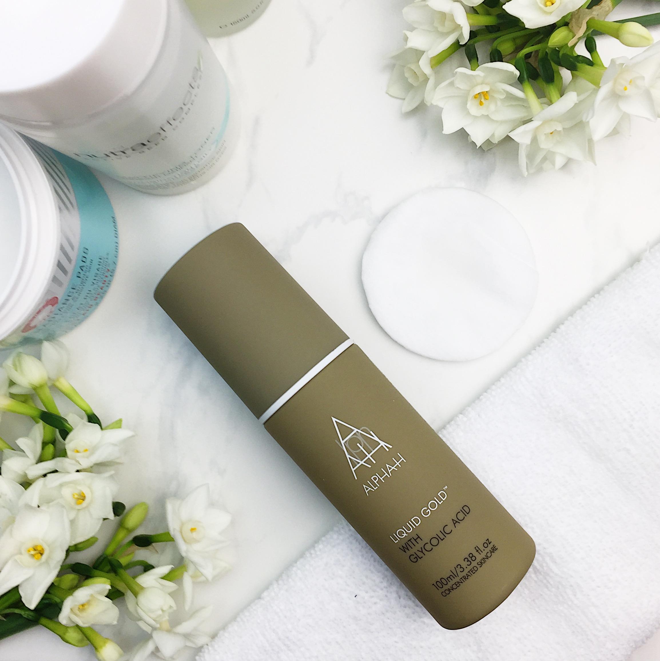 Marisa Robinson Beauty Blogger Ace Your Base Part 2 Toners Alpha H Liquid Gold