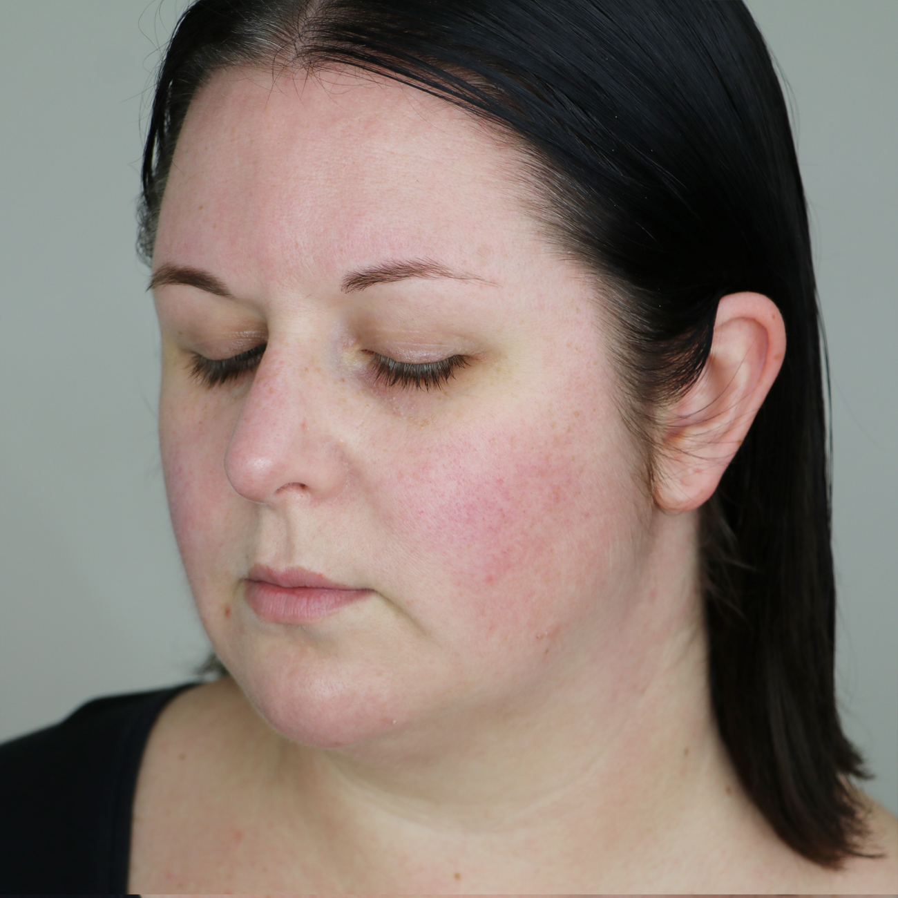 Marisa Robinson Beauty Blogger Rimmel Brow Shake Filling Powder Before