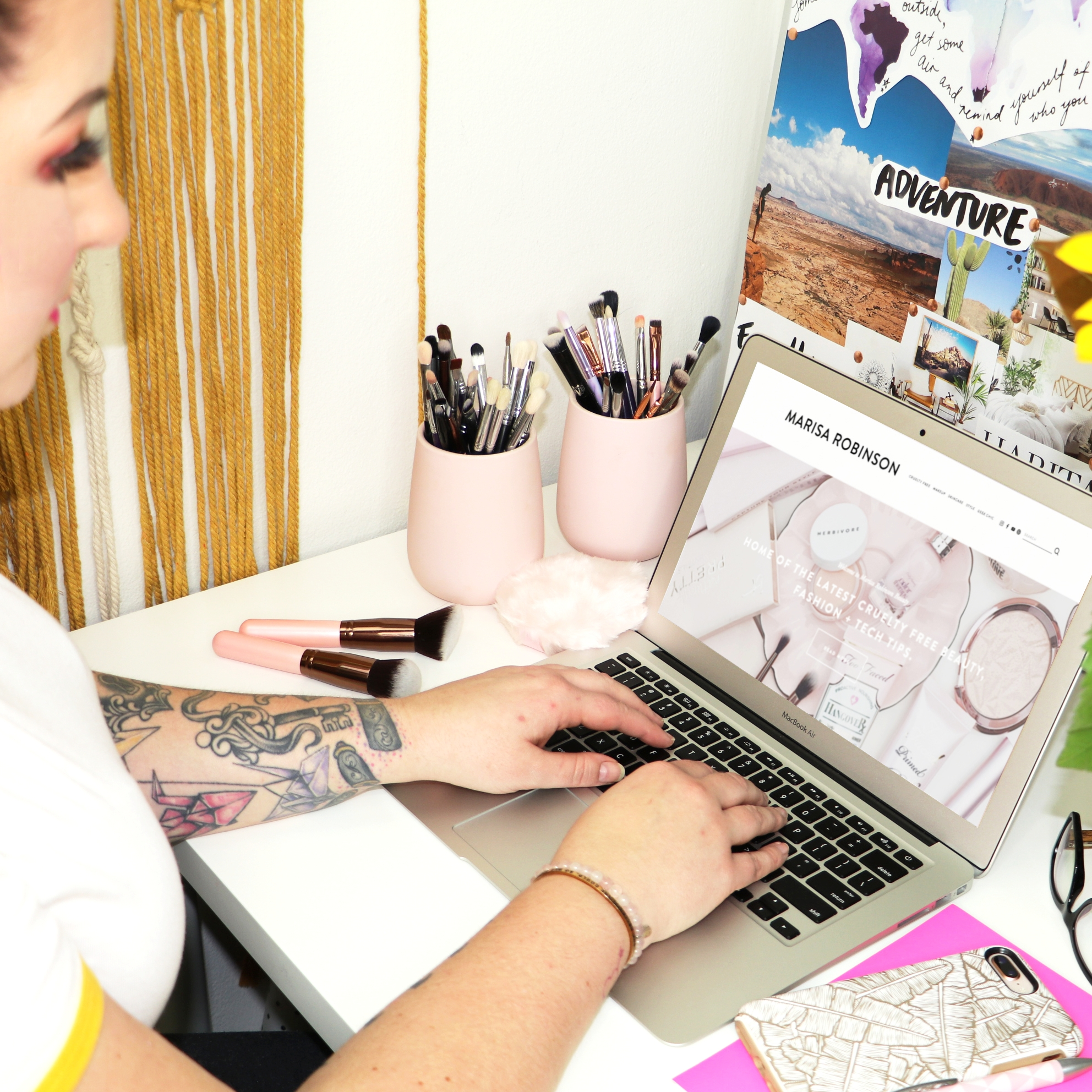 Beauty Blogging Bootcamp - How to start and run a profitable beauty blog
