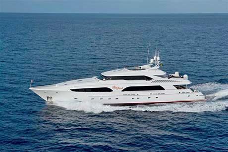 Delta-Gran-Finale-150-ft-yacht.jpg