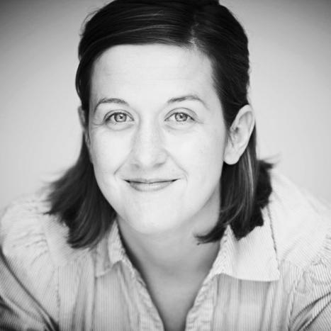 Niamh Burns women prenatal postnatal Physio Fix London