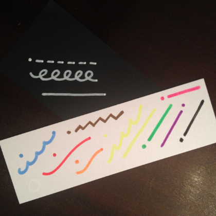 Chalk-Ola 5.5 mm markers tested on white metallic and black matte papers