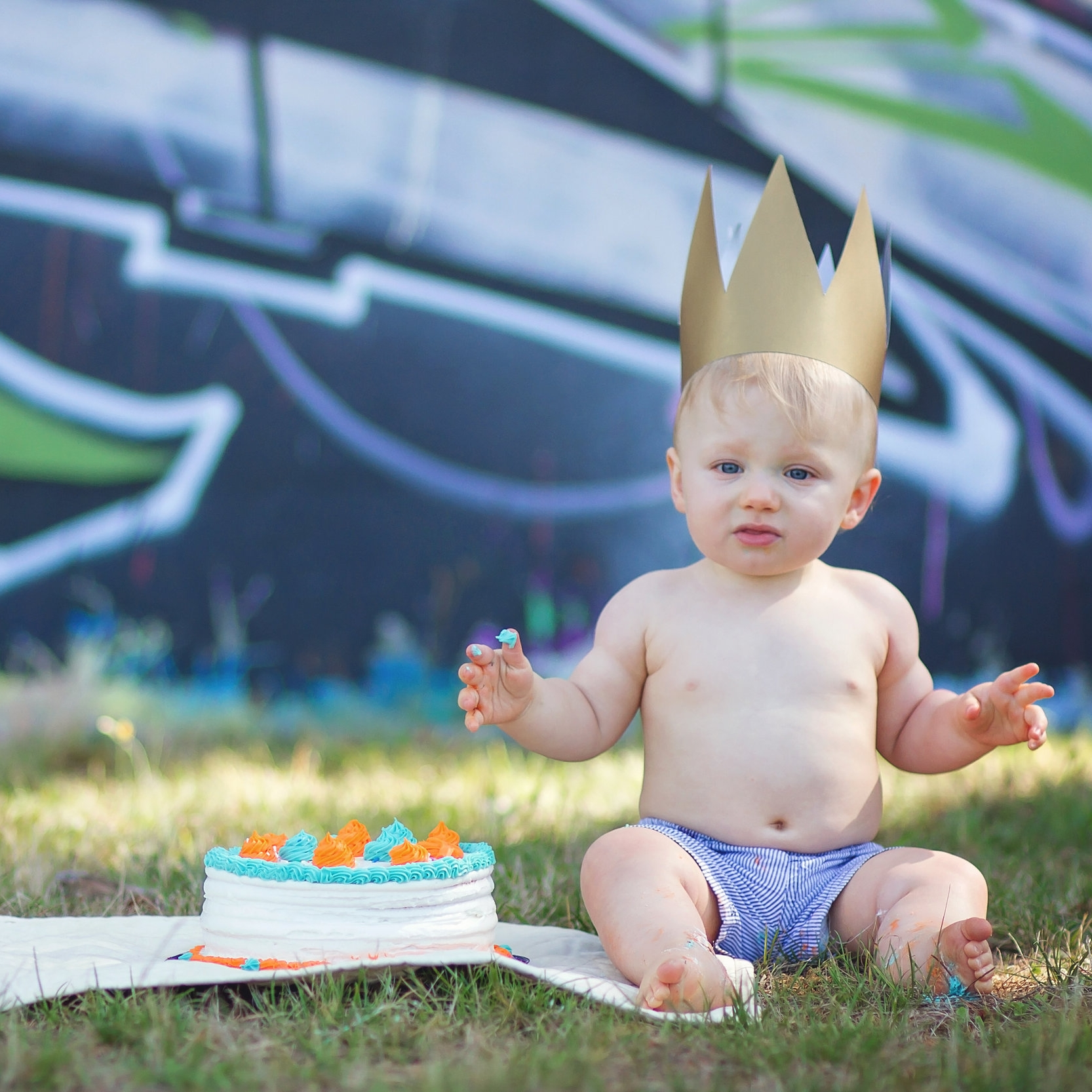 powell river baby photographer, cake smash, grow with me