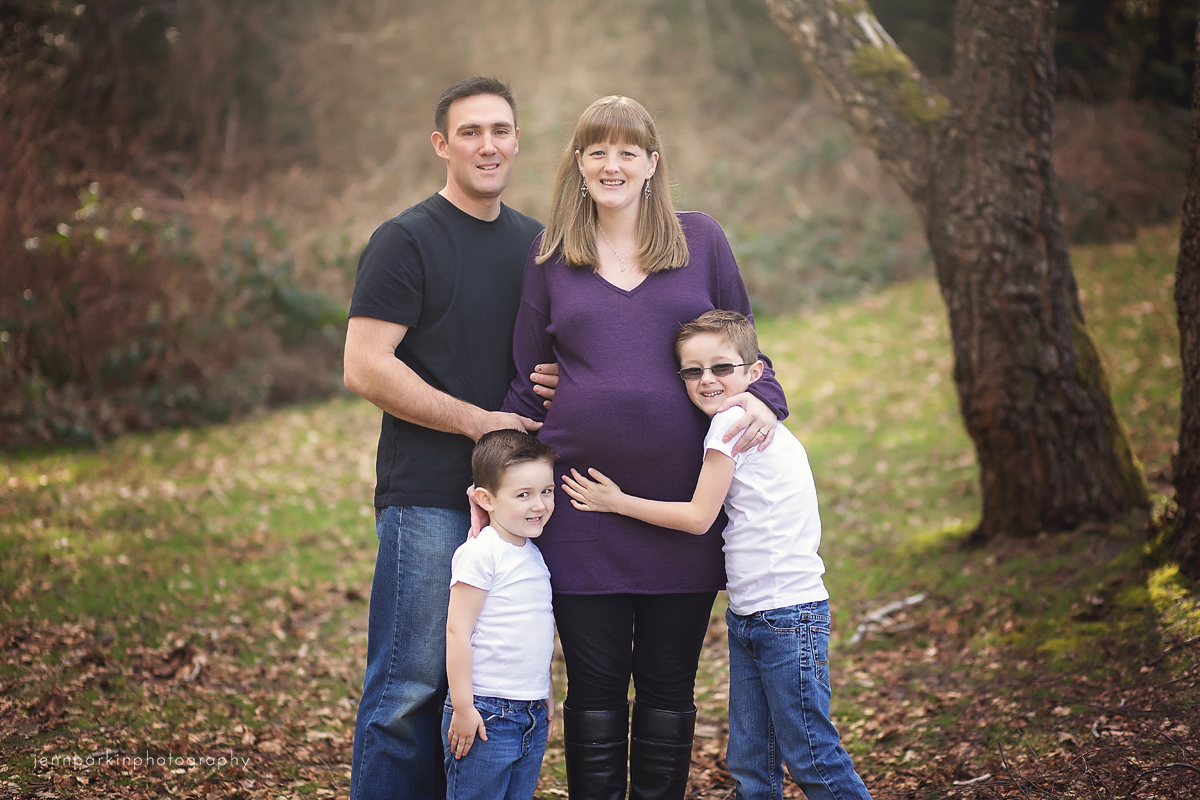 Powell River Photographer, Powell River Maternity Photographer, Powell River Family Photographer