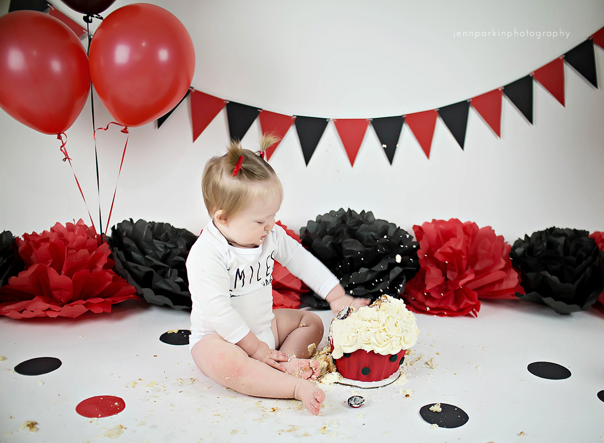 powell river photographer, powell river, powell river cake smash