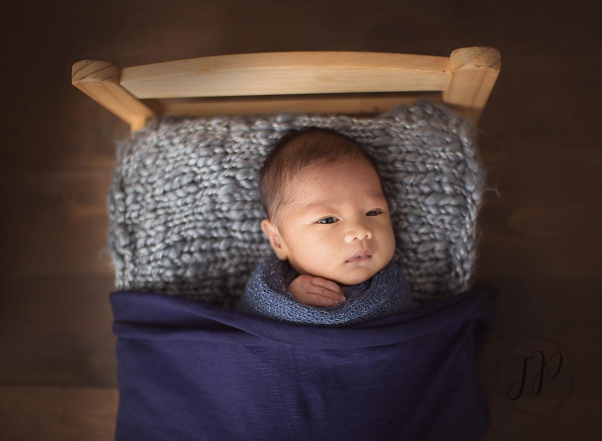 powell river newborn photographer, powell river photographer, powell river newborn, newborn photography, sunshine coast newborn photographer, sunshine coast photographer, powell river studio photographer