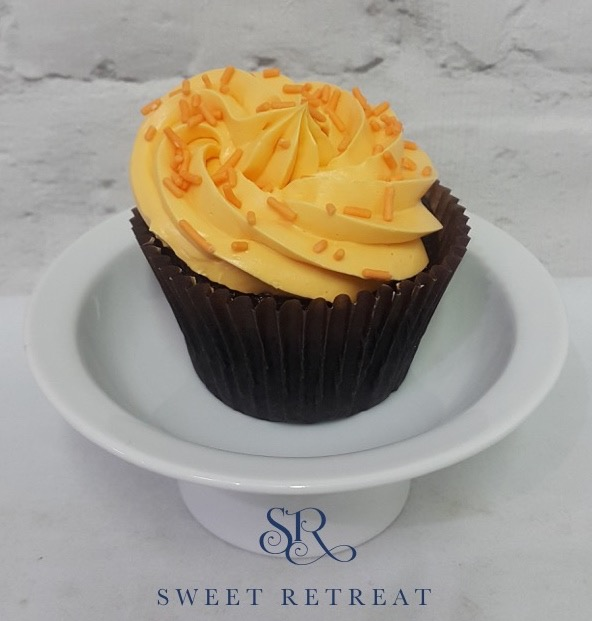 16. Chocolate Orange with Orange Flavoured Buttercream - 95 baht