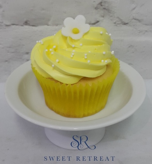 18. Lemon Cupcake with Lemon Flavoured Buttercream - 100 baht