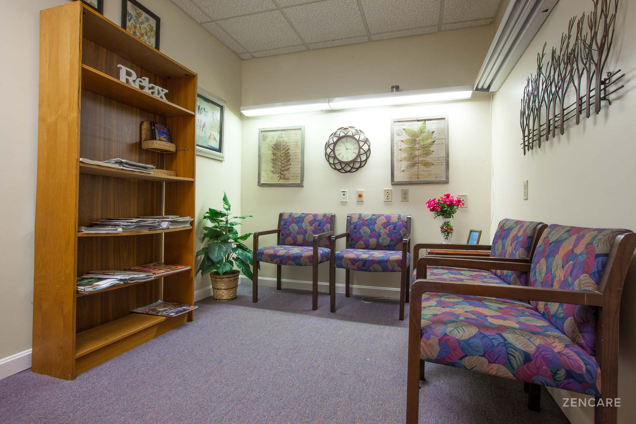 Cindy+Jones,+LMHC_Zencare_Therapist+in+Pawtucket-1.jpg