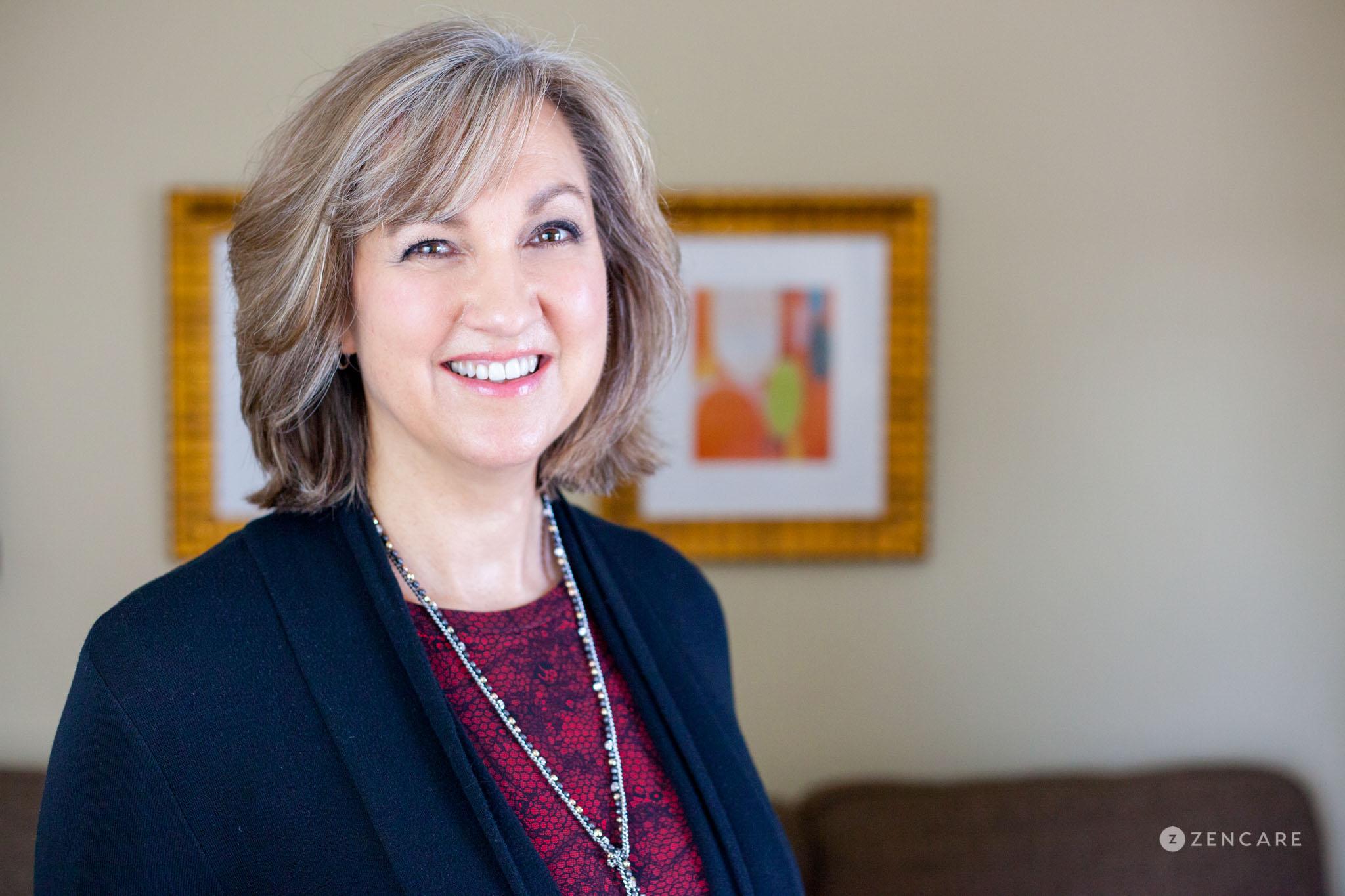 Leigh Anne Hohlstein PhD-5.jpg