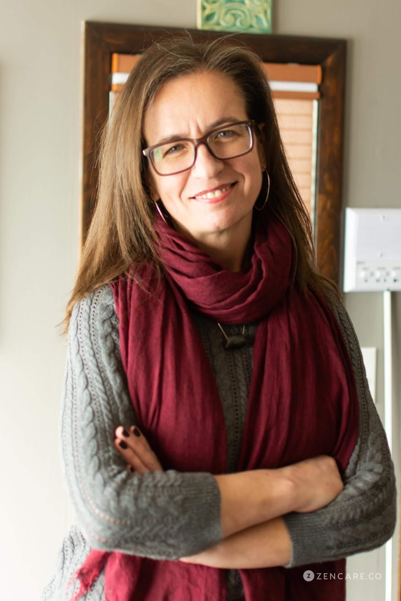 Elizabeth Elliott, LCSW_Zencare-5.jpg