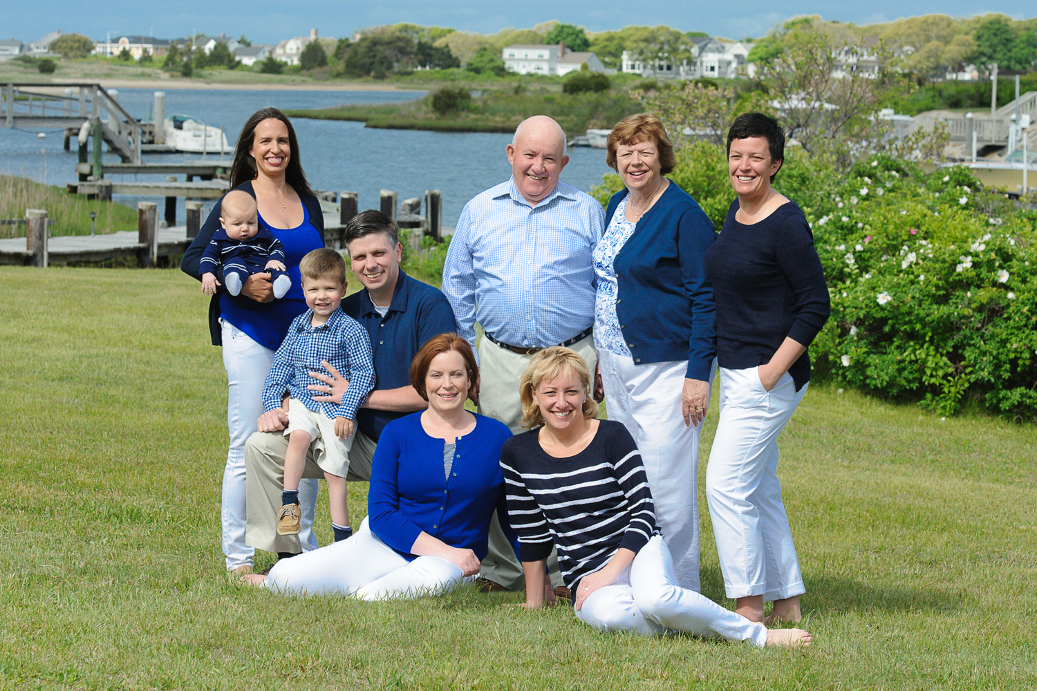 An early morning family reunion photography session in the backyard of a rental house in East Falmouth.