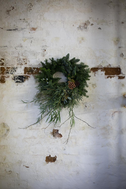 Wreath foraging-22.jpg