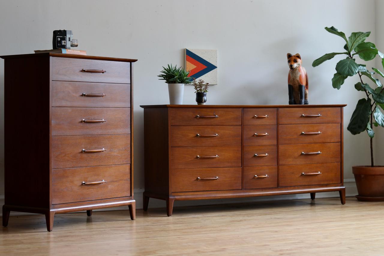 Henredon Dresser Set —