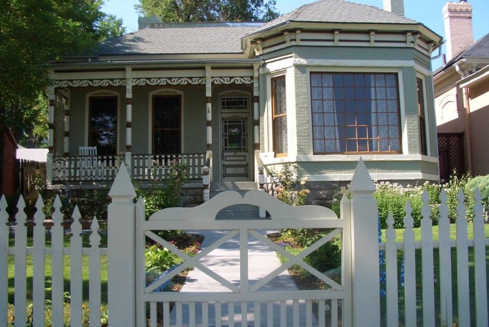 Romney House.jpg