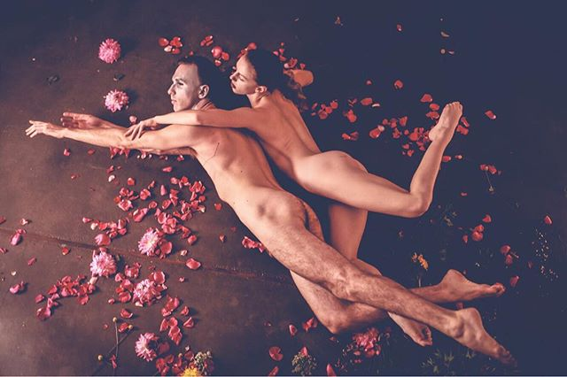 """Flower Power"" shot by @jennyhannahroche with @mayadessa ✨ October 2017 studies in peaceful #existenceisresistance through #dance ala #allenginsberg . . . . .  #portlandartist #performanceartist #contemporaryartist #butoh #dragartist #carinaborealis #starseed #houseofborealis  #equallove #lovewins #gayboy #gayartist #instagay #faggot #faggotry #dragalien #jennyhannahrochephotography #narrativephotography #fashionphotography #pursuepretty #finditliveit #chasinglight #flashesofdelight #quietthechaos #myunicornlife #instagood"