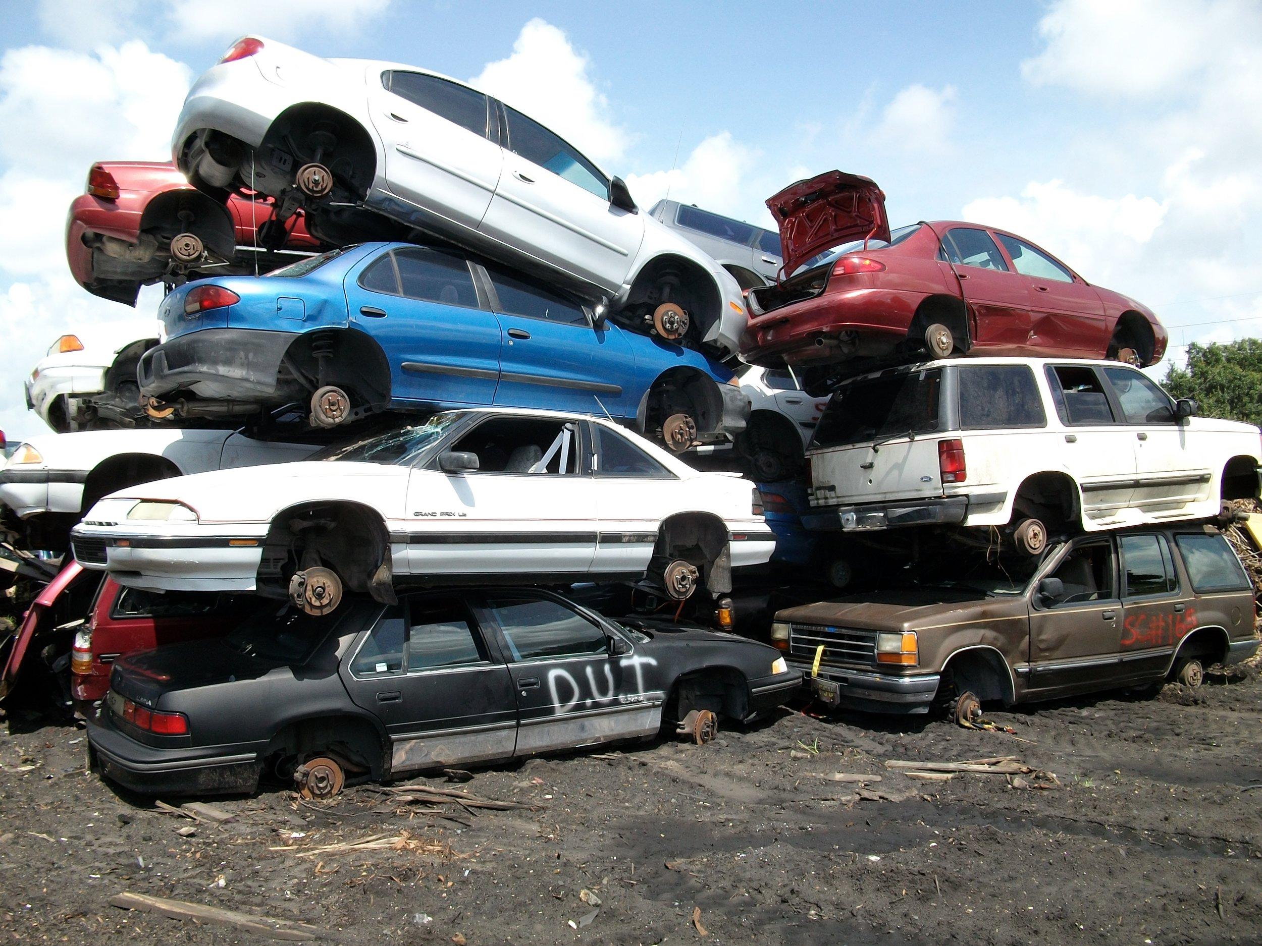 JUNK CARS -