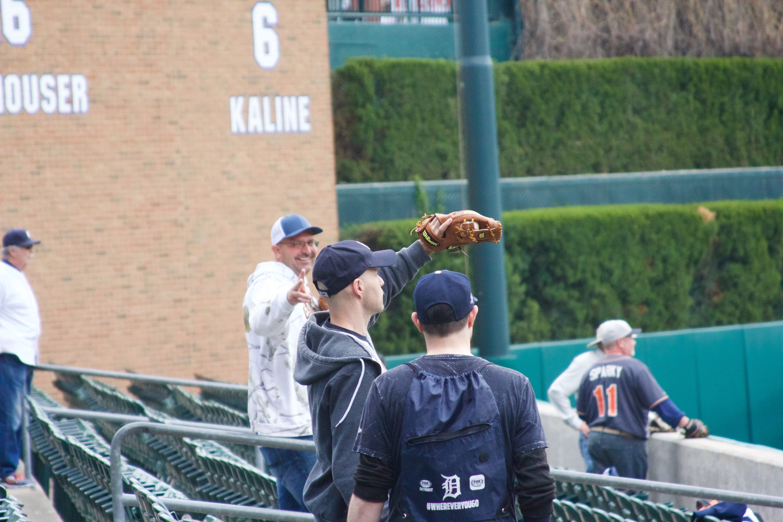 30_zack_catching_ball8744_long_throw_from_anthony_gose.jpg