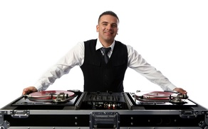 DJ Hecktik    In just over a decade, Hecktik has established himself as one of Santa Barbara County's mostskilled and popular turntablist and club DJ.For corporate events and chicwedding receptions, DJ Hecktik works to create a custom music atmosphere keeping guests andclients moving.