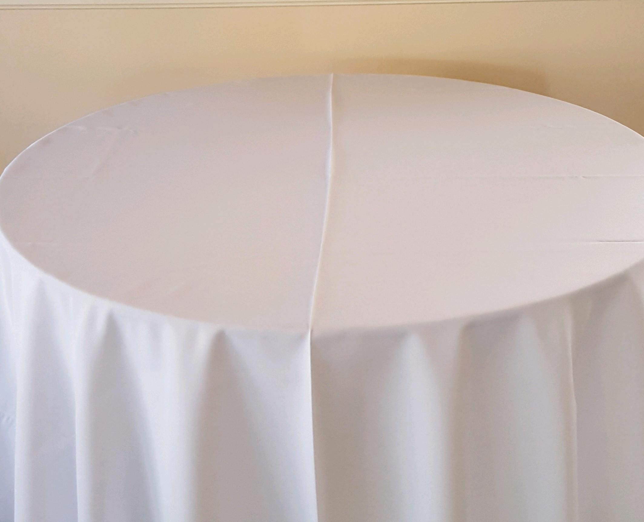 """White - King drape, 130"""" drape, 120"""" drape, 108"""" drape, 90"""" drape, 6' banquet, 8' banquet & napkins"""