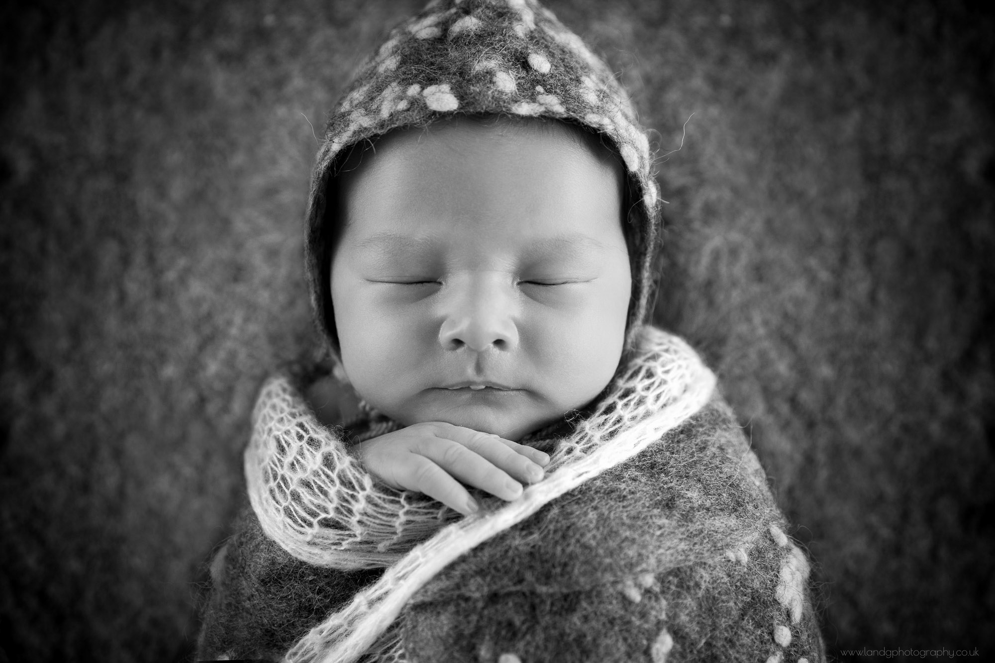 newborn-photography-greenwich-in-london-3.jpg