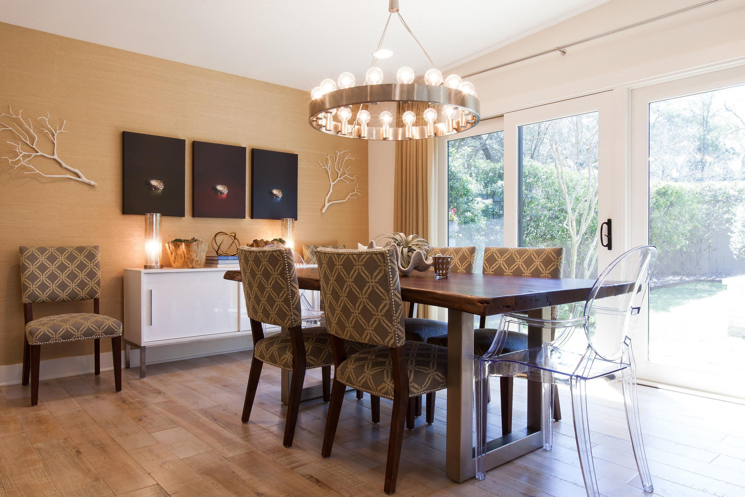 Jamesborough Dining Room