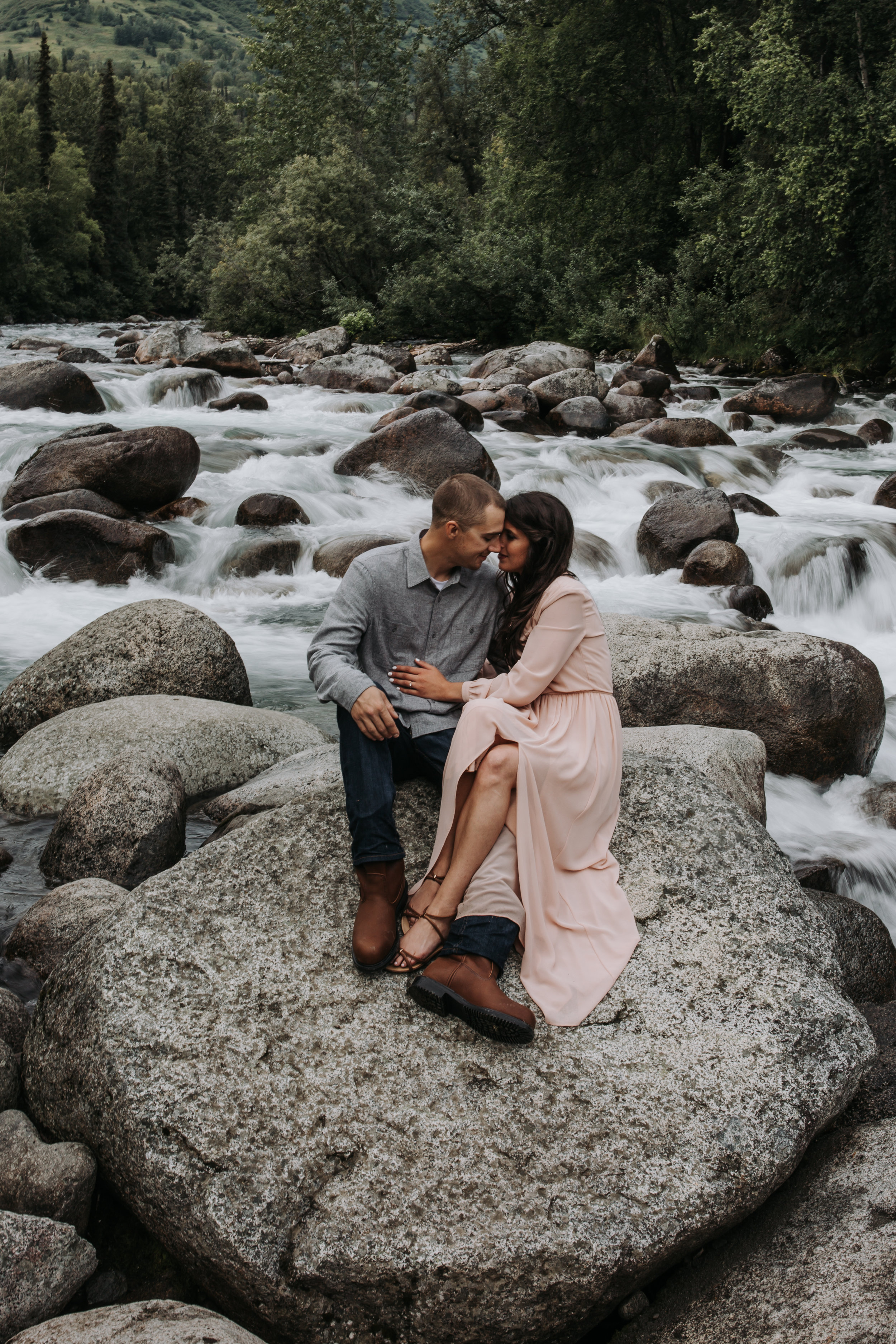 elope by the river in hatcher pass alaska
