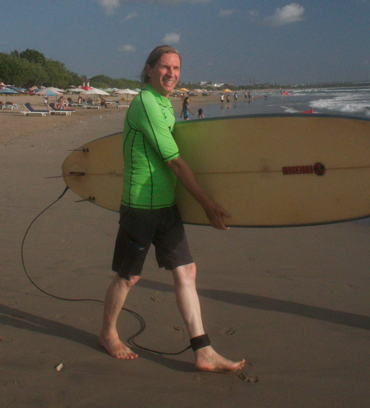 Seminyak-Bali_Surfing.jpg