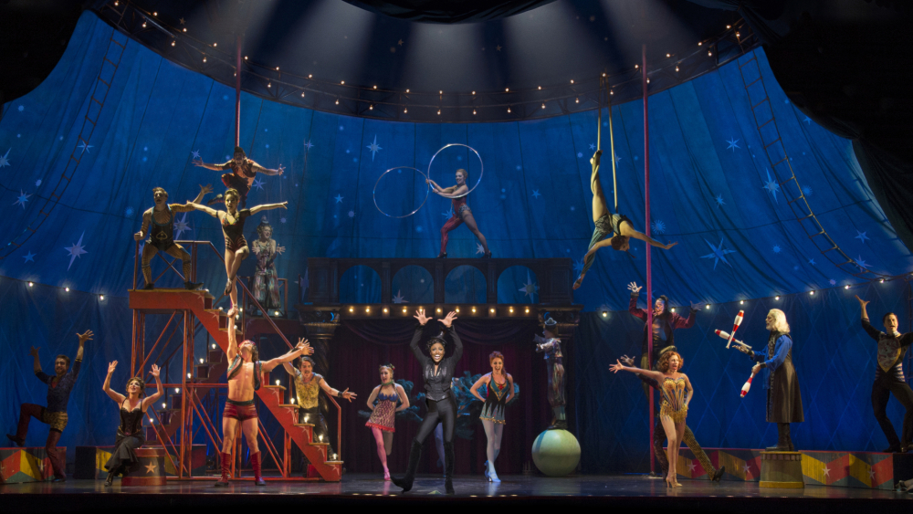 BROADWAY AND BEYOND - SAMPLE NEW YORK CITY THEATER TOUR WITH BUS TRANSPORTATION FROM CHICAGO
