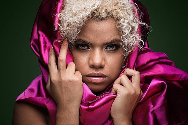 She might put a spell on you? // @caro_ojitos1 . . How I got the shot @nikonusa D750, Nikon 24-70mm, @paulcbuffinc lighting, @savageuniversal backdrops Triggers by @pocketwizard @adobe @lightroom and @photoshop . . #birminghamphotographer #discoverportrait #portrait #portraitmood #nikonportrait #portraitgames #makeportraits #pursuitofportraits #portraitsociety #portraits_ig #portrait_shots #majestic_people #agameoftones #artofvisuals #earth_portraits #portraitpage #portrait_vision #moodyports #igworldclub_women #pixelection #gramkilla #fabulousshot #portraitvision_ #xelfies #globe_people #globe_portraits #PostMyPicSticks #lightshapers