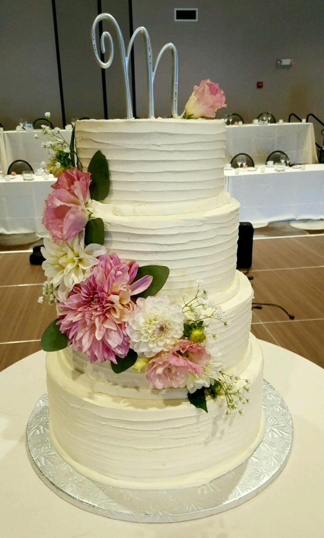 Wedding3tierflowersimple.jpg