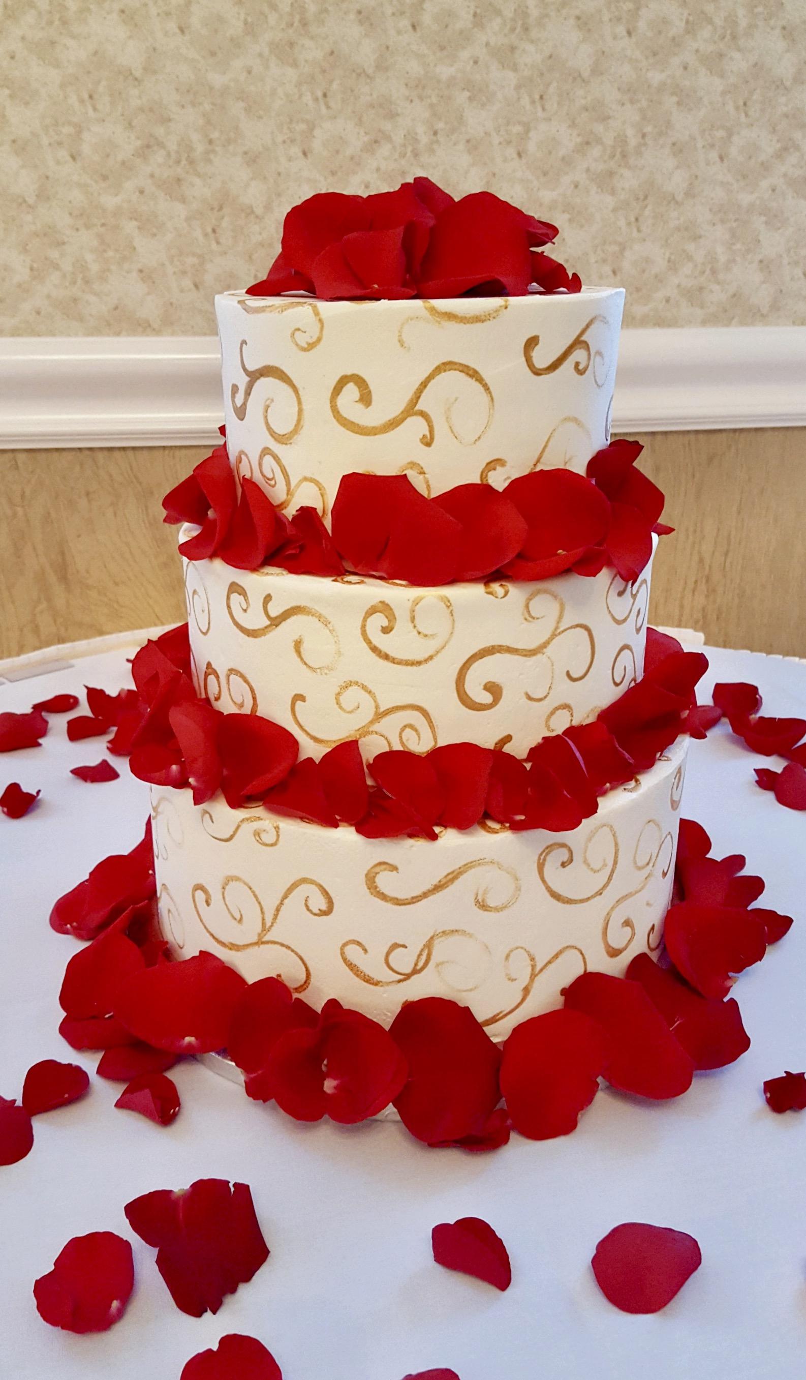 Wedding3tierredandgold.jpg