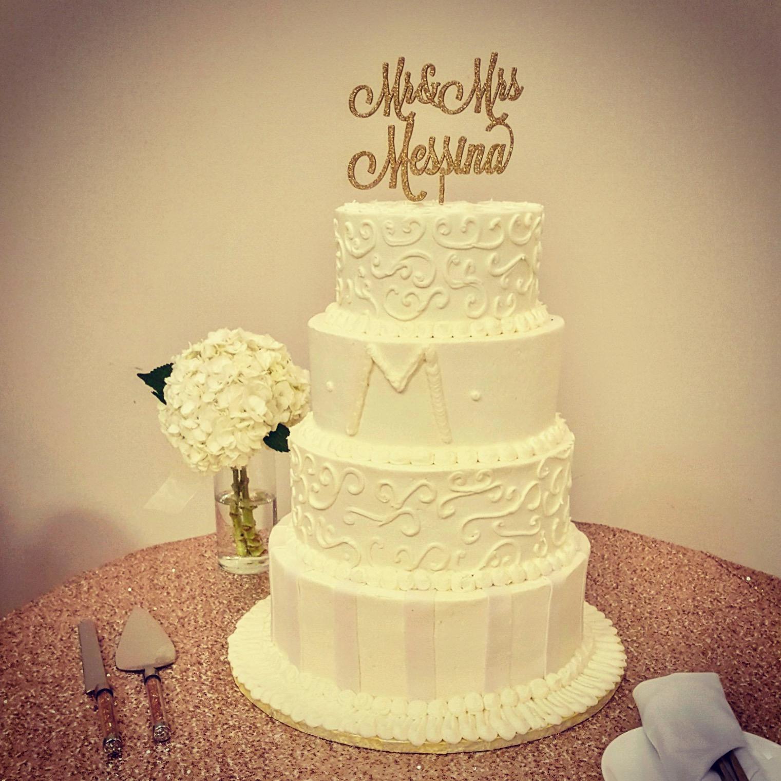 Wedding4tierwhiteScrollandBars.JPG