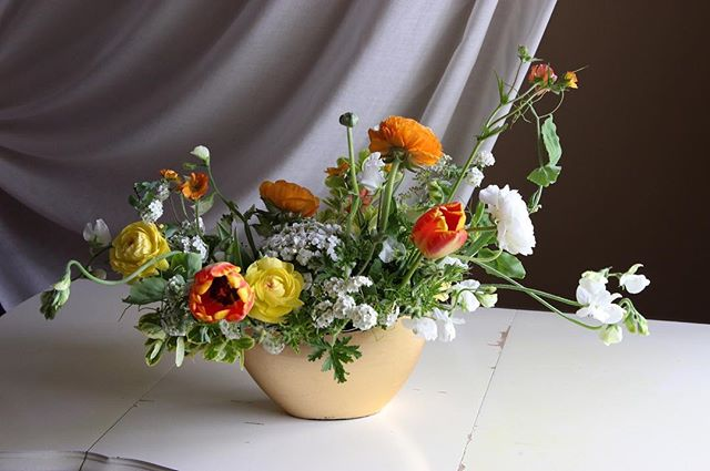 WORKSHOP ANNOUNCEMENT! On Mother's Day weekend, join @chlorisfloral for a floral workshop hosted by @Truck&Barter at the @Hotelpetaluma. On May 12th, from 1-3pm you'll learn how to create a beautiful centerpiece with exclusively local flowers grown with organic practices.  Light refreshments will be served and you'll find the link to sign up in @chlorisfloral's profile.