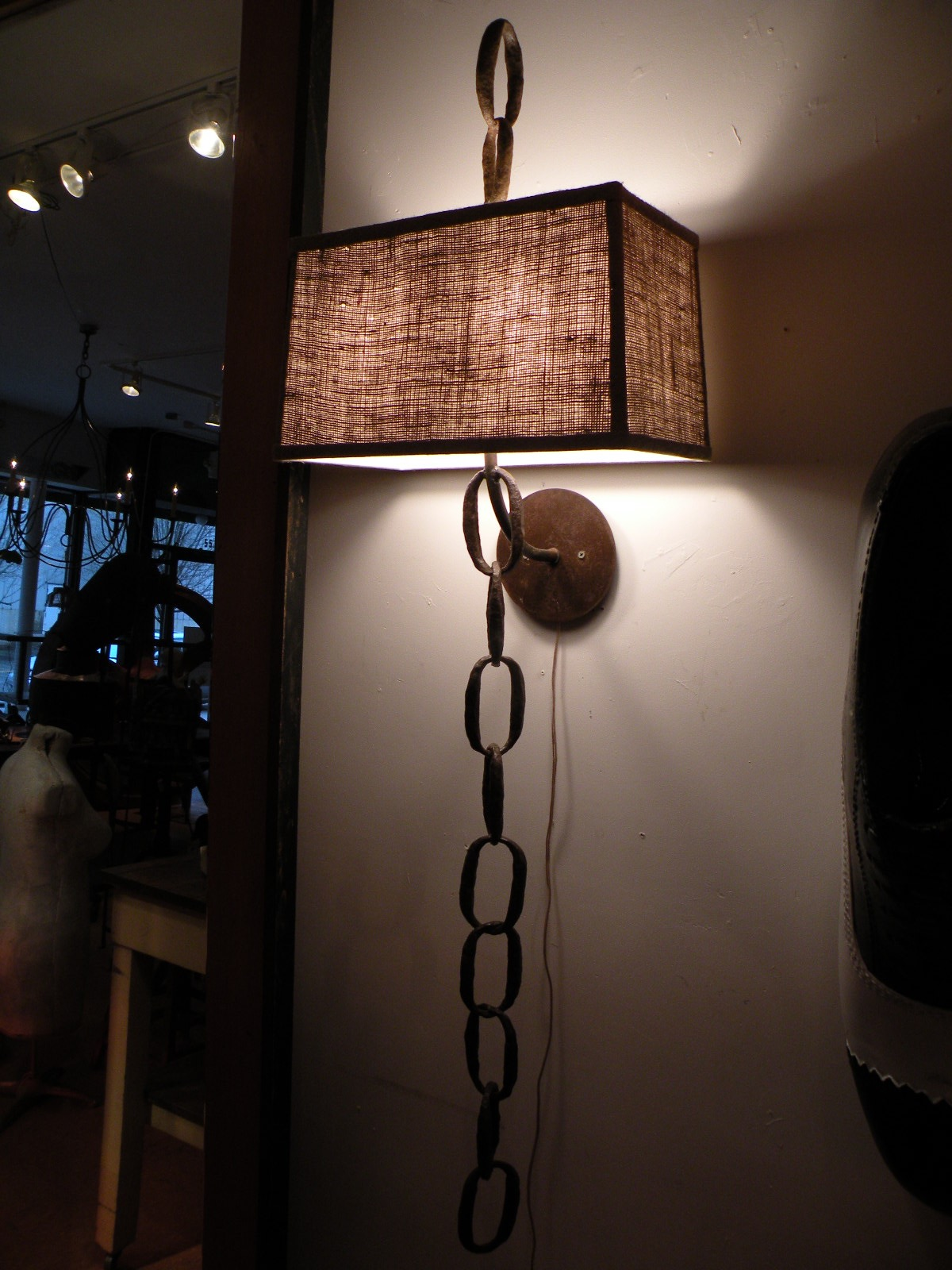 Logging Chain Sconce