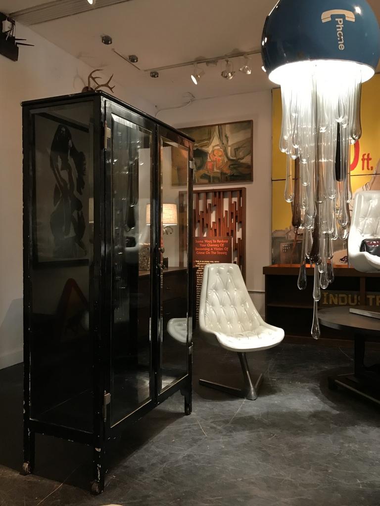 Black Medical Cabinet room set