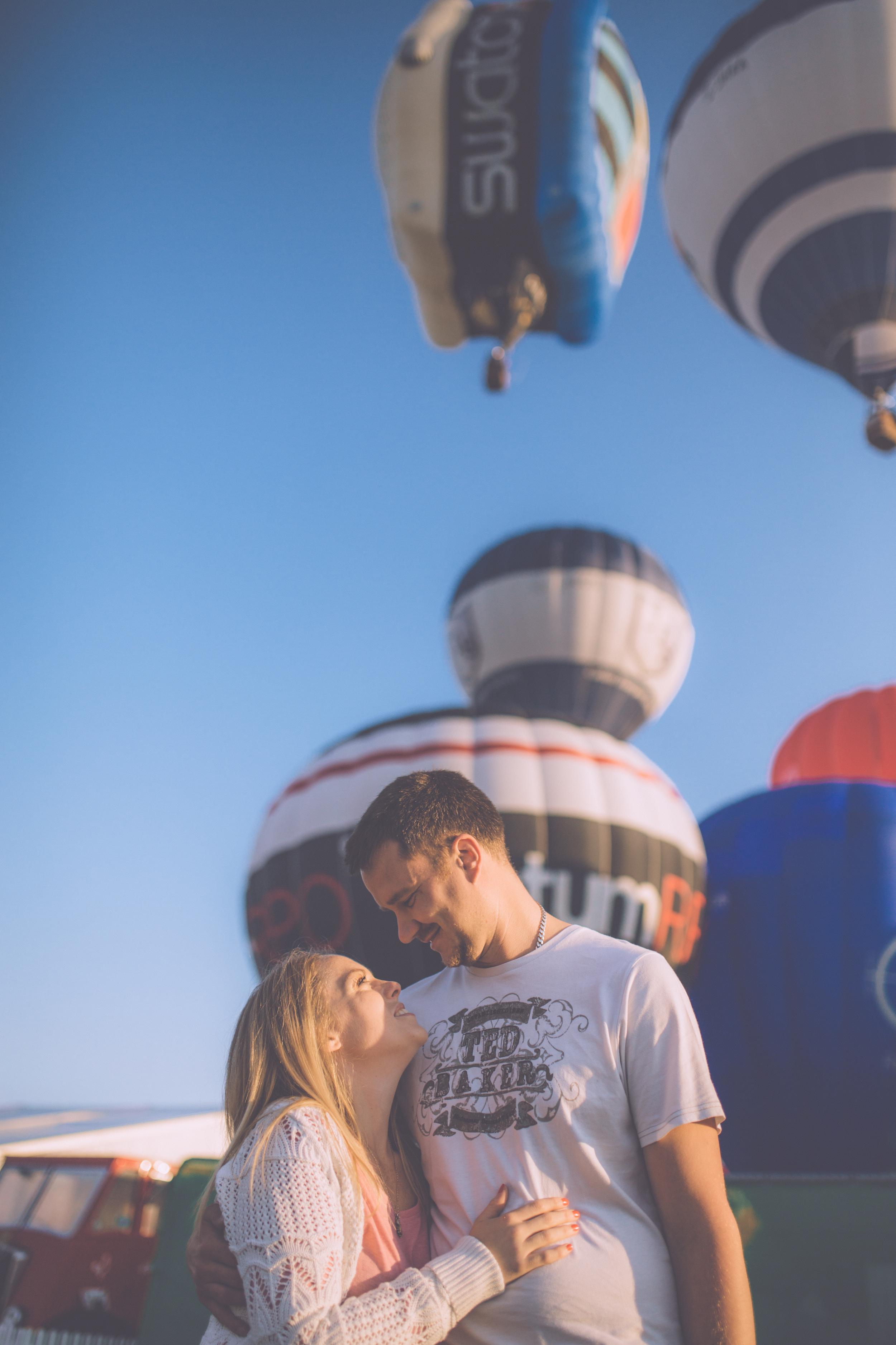 Georgia + Darren Bristol Balloon Fiesta Eshoot High-5.jpg