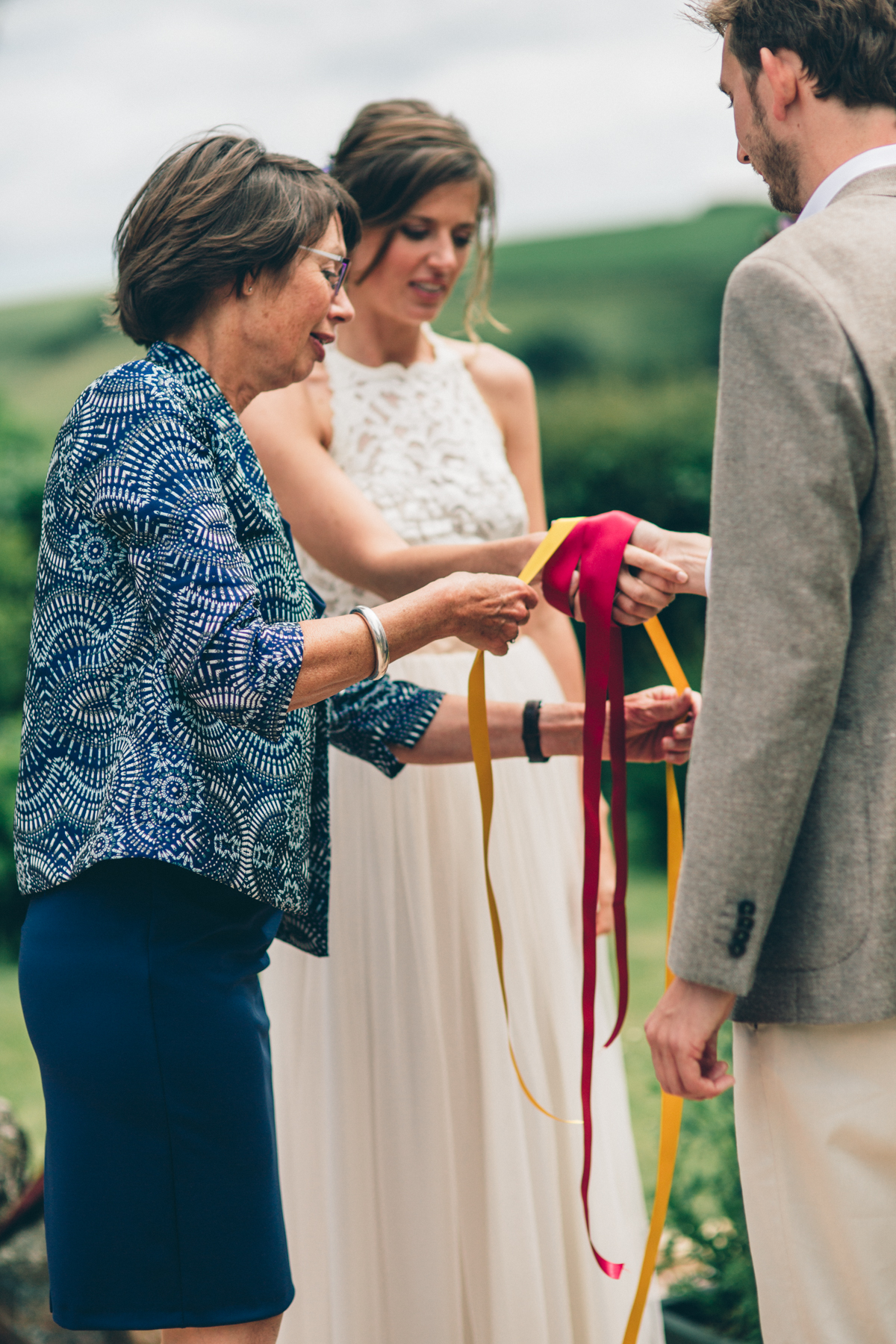 SUZ+MARK SOUTH DEVON VILLAGE GREEN WEDDING LOW-203.jpg