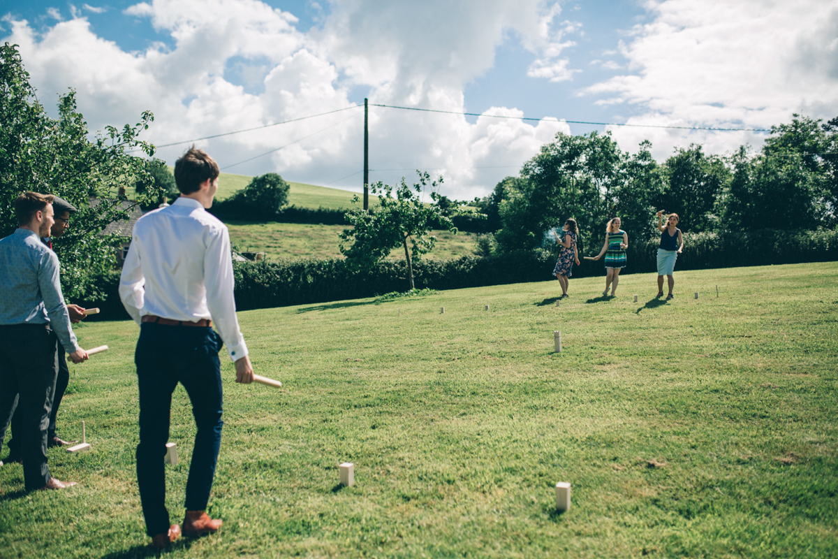 SUZ+MARK SOUTH DEVON VILLAGE GREEN WEDDING LOW-409.jpg