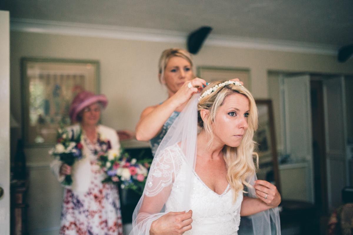 ANNA + SIMON BACK GARDEN RUSTIC WEDDING LOW-4.jpg