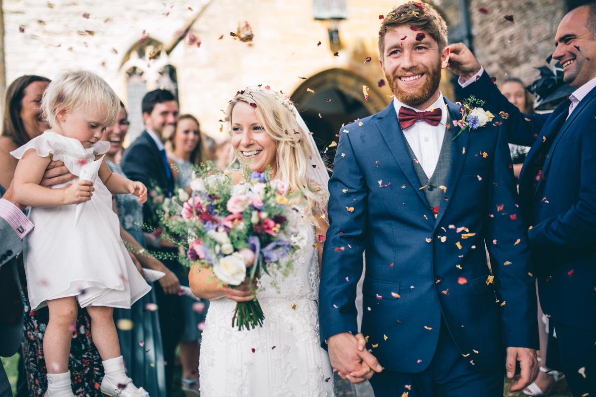 ANNA + SIMON BACK GARDEN RUSTIC WEDDING LOW-174.jpg