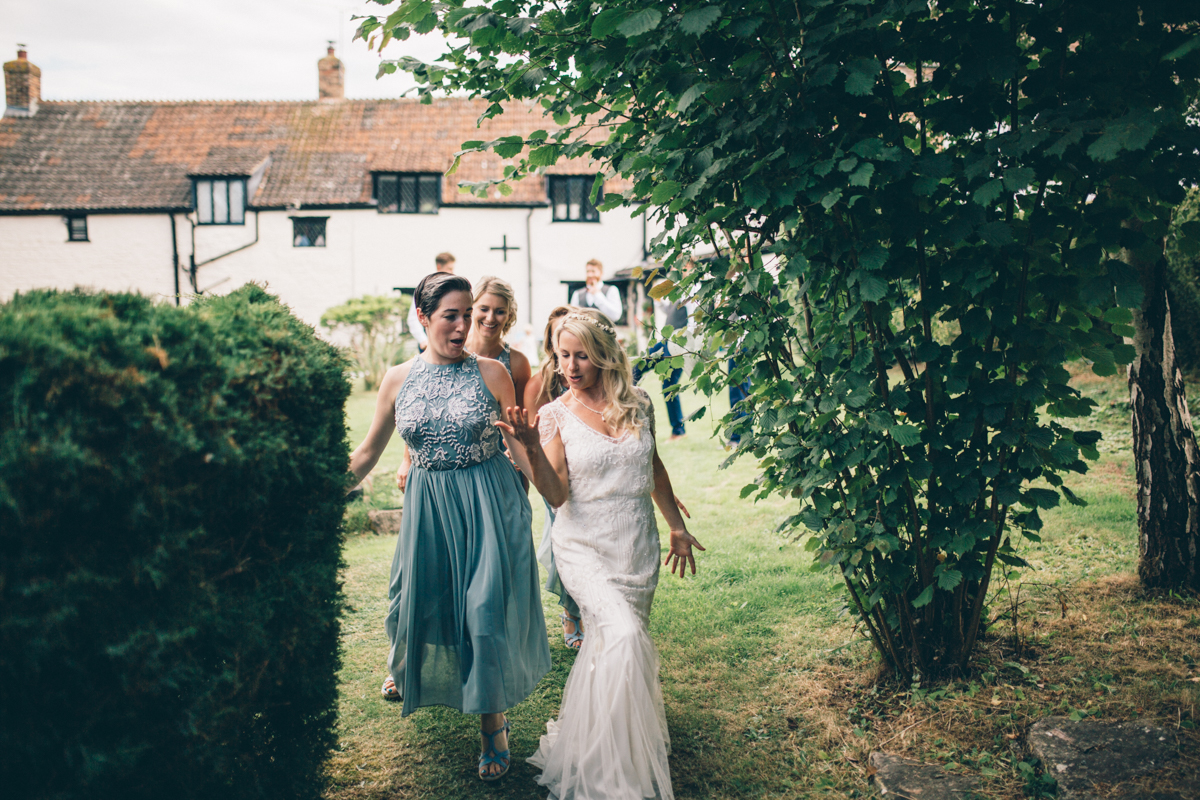 ANNA + SIMON BACK GARDEN RUSTIC WEDDING LOW-425.jpg