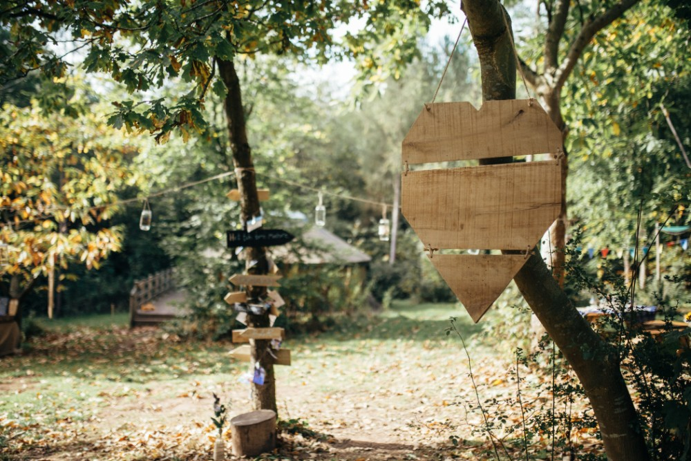 Joe+Lauren Intimate Woodland Handfasting - Naomijanephotography 15.jpg