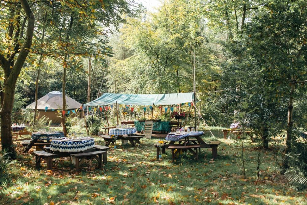 Joe+Lauren Intimate Woodland Handfasting - Naomijanephotography 23.jpg