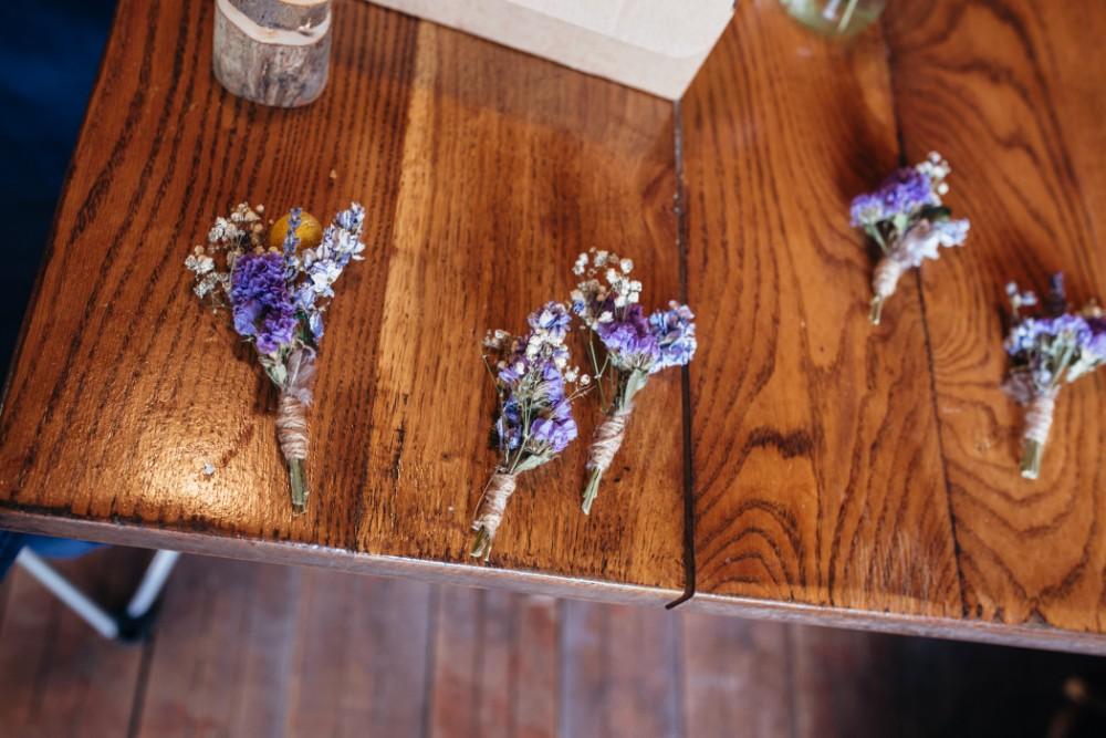 Joe+Lauren Intimate Woodland Handfasting - Naomijanephotography 24.jpg
