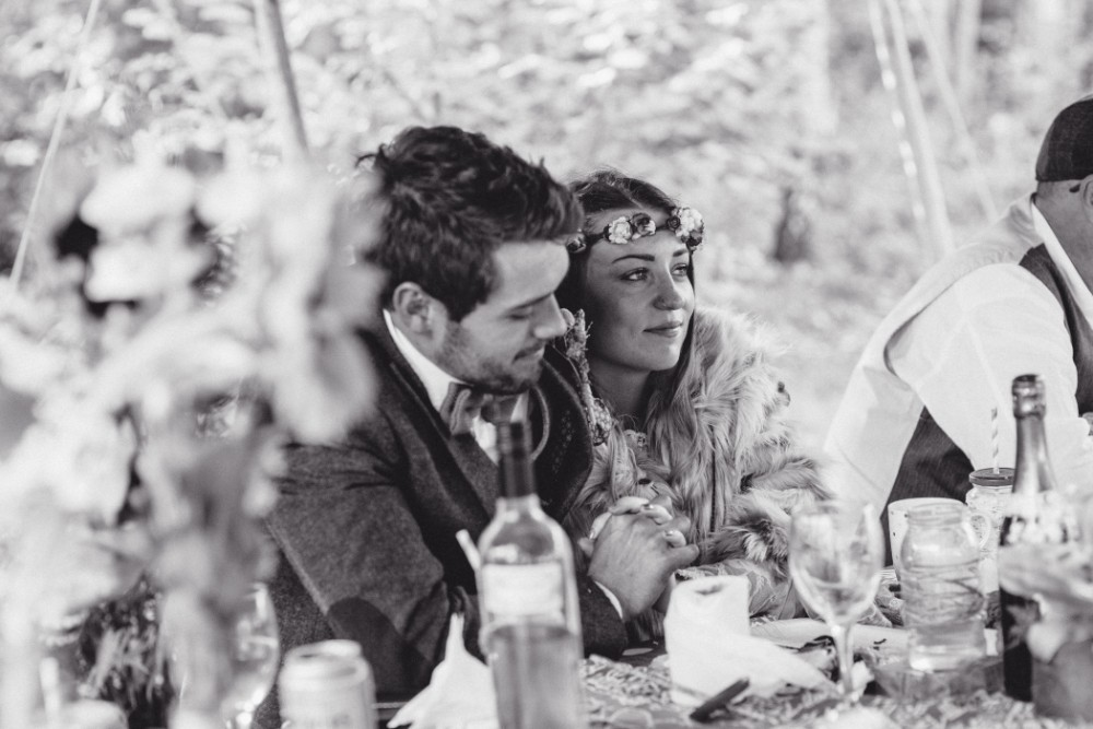 Joe+Lauren Intimate Woodland Handfasting - Naomijanephotography 70.jpg