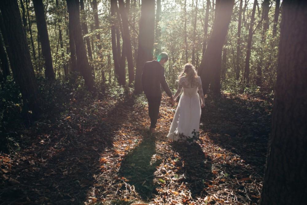 Joe+Lauren Intimate Woodland Handfasting - Naomijanephotography 73.jpg
